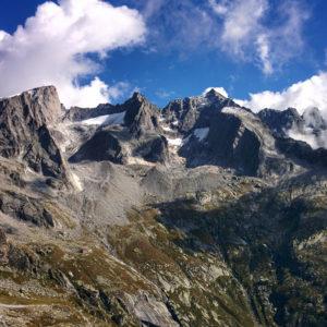 Hike Val Qualido - Valle di Zocca, through the Passo Averta