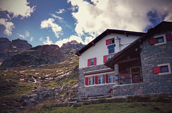 Escursione al Rifugio Omio - Val Masino