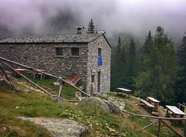 Escursione alla Casera Pioda Val di Mello